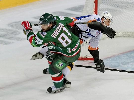 Томаш Винцоур
