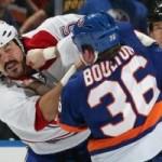 4 самых зрелищных драки недели в НХЛ